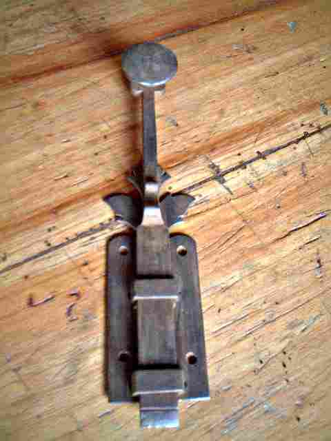 Baionnette de porte en fer forg ancienne d cor feuille de vigne antiquites brocante objets for Porte en fer forge ancienne