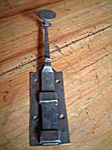 Ba onnette ancienne de porte en fer forg gros bouton antiquites brocante objets fer forg for Porte en fer forge ancienne