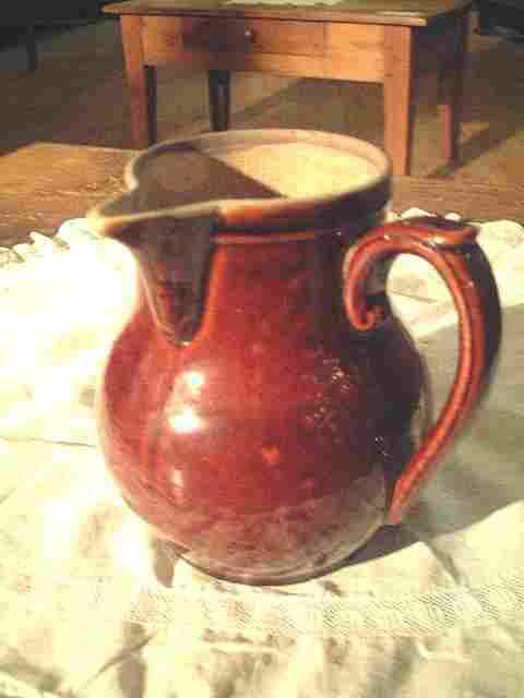 pot lait ancien en terre cuite antiquites brocante de la tour bibelots et objets photos. Black Bedroom Furniture Sets. Home Design Ideas