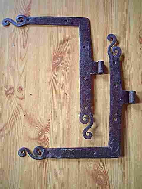 1 paire de pentures de portes anciennes en fer forg d cors antiquites brocante objets fer for Porte en fer forge ancienne