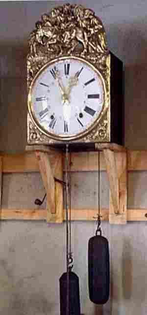 Mouvement ancien balancier lentille ancienne t te d 39 horloge antiquites brocante pendules et for Horloge a poser sur un meuble