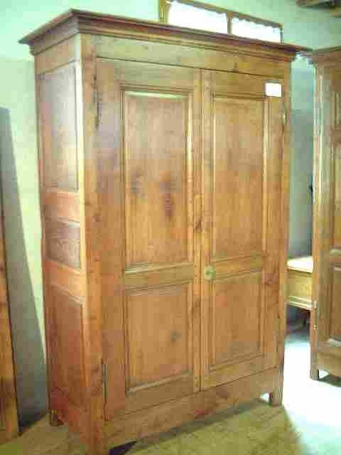 armoire directoire en merisier et ch taignier ancienne. Black Bedroom Furniture Sets. Home Design Ideas