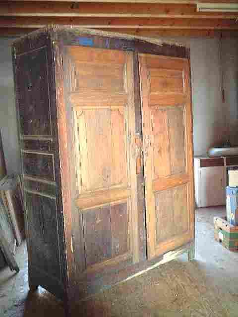 armoire louis xiv ancienne en ch ne et merisier restaurer antiquites brocante de la tour. Black Bedroom Furniture Sets. Home Design Ideas