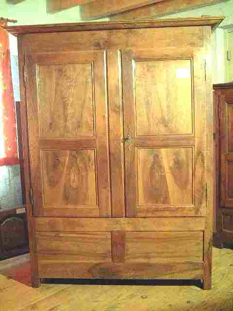 armoire noyer coffre directoire ancienne 2 tiroirs int rieur antiquites brocante de la tour. Black Bedroom Furniture Sets. Home Design Ideas