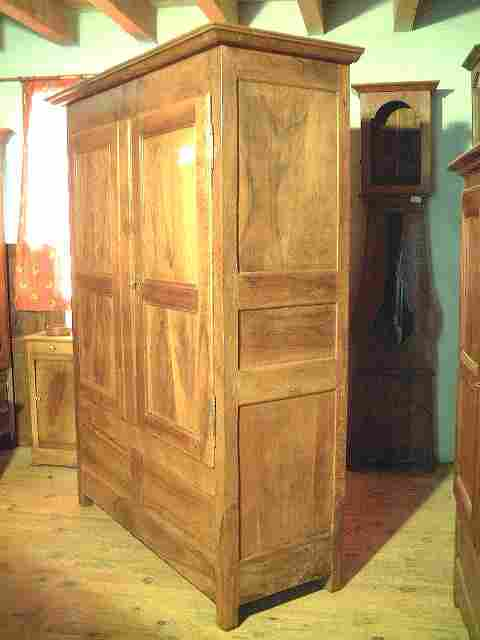 armoire noyer coffre directoire ancienne 2 tiroirs. Black Bedroom Furniture Sets. Home Design Ideas