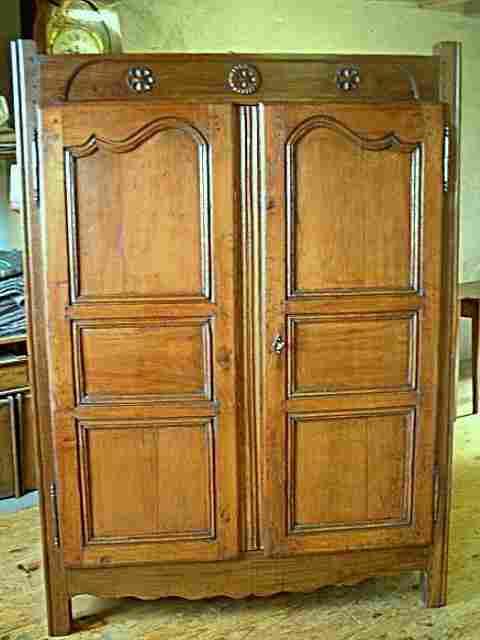 armoirette en merisier et ch ne antiquites brocante de la. Black Bedroom Furniture Sets. Home Design Ideas