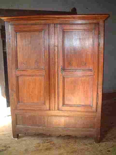 Armoirette Ancienne Coffre En Noyer Et Ch Taignier