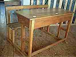 Nos meubles anciens tables et bureaux avec photos prix et for Bureau ecolier ancien 1 place