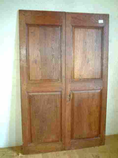 Une paire de portes en ch taignier antiquites brocante de for Meuble ancien une porte