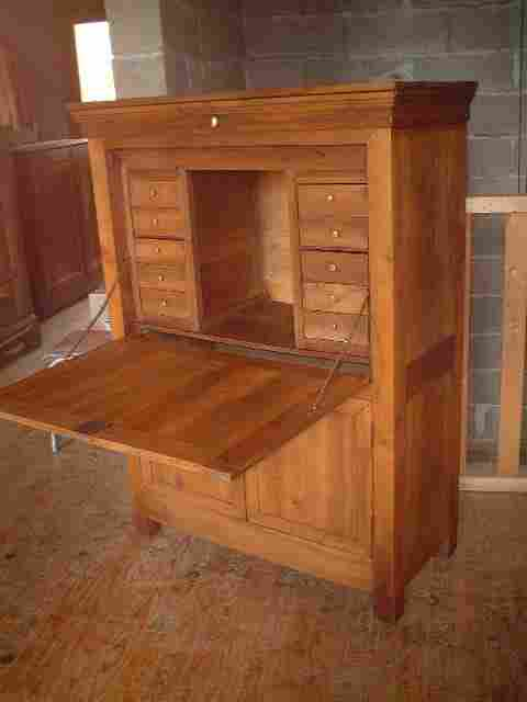secretaire meuble ancien secretaire meuble ancien sur enperdresonlapin. Black Bedroom Furniture Sets. Home Design Ideas