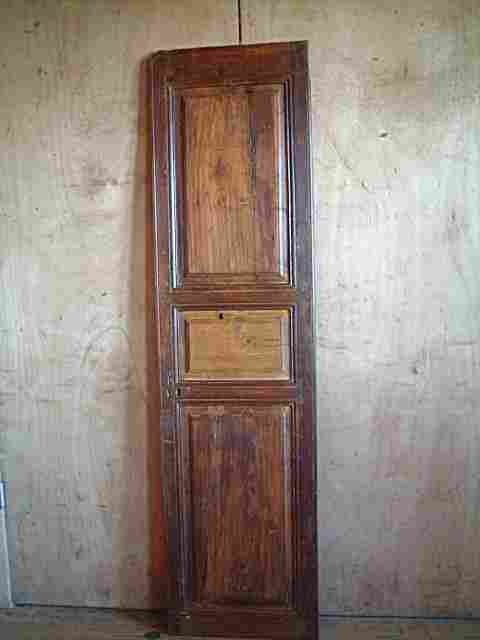 Patine lancienne commode tiroirs multiples patine blanche - Peindre une armoire ancienne ...