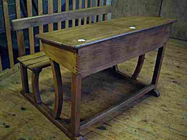 Ancienne Table D Ecole
