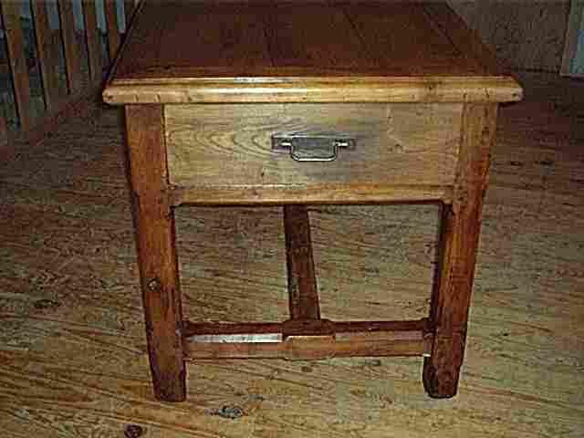 Table de ferme en merisier et chataignier antiquites for Meuble ancien restaure
