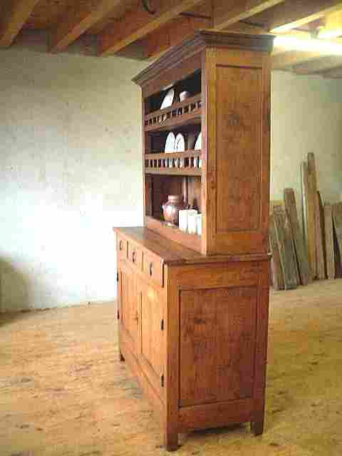vaisselier 2 corps ancien en merisier rustique 3 tiroirs antiquites brocante de la tour. Black Bedroom Furniture Sets. Home Design Ideas