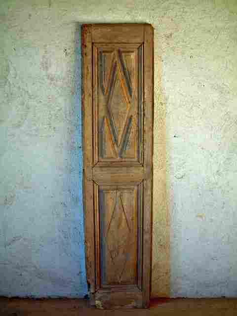 Une porte en ch ne louis 14 d cors pointes de diament for Restaurer meuble ancien