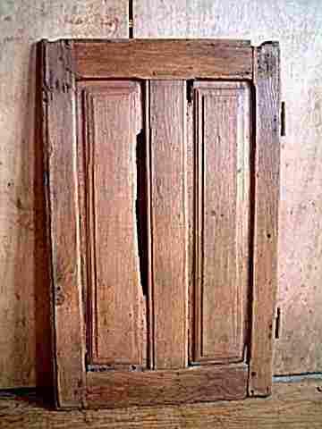 Une porte basse louis 13 en ch ne restaurer antiquites for Meuble ancien une porte