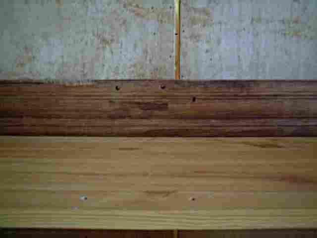 Traverse en noyer de meuble ancien antiquites brocante for Restauration de meuble ancien