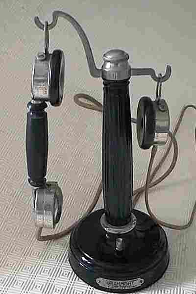 les t l phones mobiles de 1920 et plus histoire et t l phones d 39 autrefois. Black Bedroom Furniture Sets. Home Design Ideas