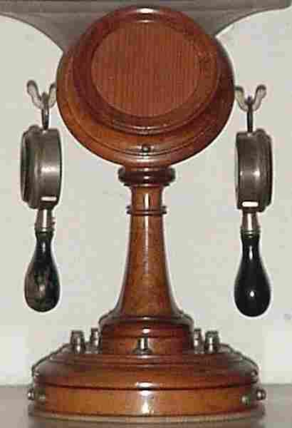 les anciens t l phones la marque milde histoire et t l phones d 39 autrefois. Black Bedroom Furniture Sets. Home Design Ideas