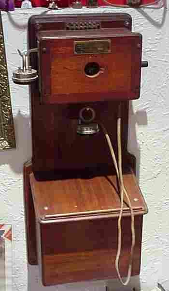 les t l phones muraux de 1910 1919 histoire et t l phones d 39 autrefois. Black Bedroom Furniture Sets. Home Design Ideas