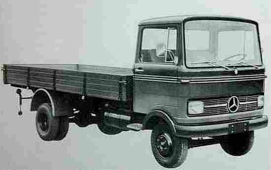 photos anciennes de voitures de collection page 13 documents anciens v1. Black Bedroom Furniture Sets. Home Design Ideas