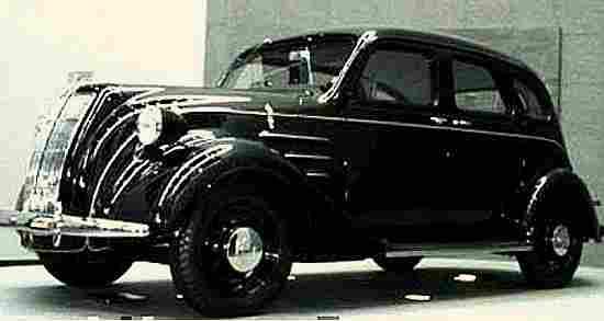 photos anciennes de voitures de collection page 2 documents anciens v1. Black Bedroom Furniture Sets. Home Design Ideas