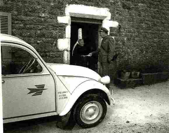 de la poste photos anciennes et d 39 autrefois photographies d 39 poque en noir et blanc. Black Bedroom Furniture Sets. Home Design Ideas