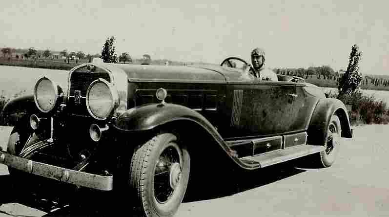 photos originale voitures de collection page 13 documents anciens v1. Black Bedroom Furniture Sets. Home Design Ideas