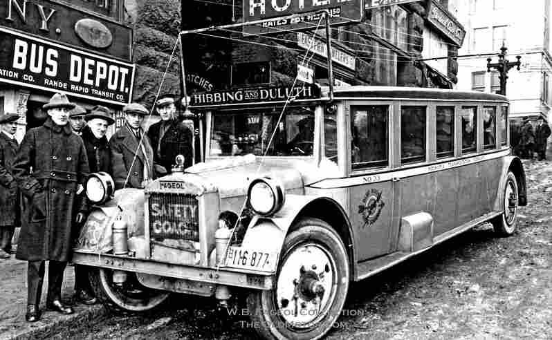 cars bus omnibus etc photos anciennes et d 39 autrefois photographies d 39 poque en noir et bl. Black Bedroom Furniture Sets. Home Design Ideas