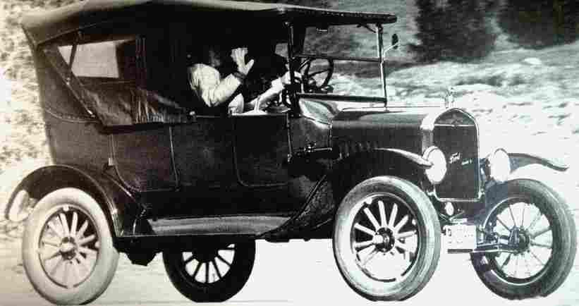photos originale voitures de collection page 16 documents anciens v1. Black Bedroom Furniture Sets. Home Design Ideas