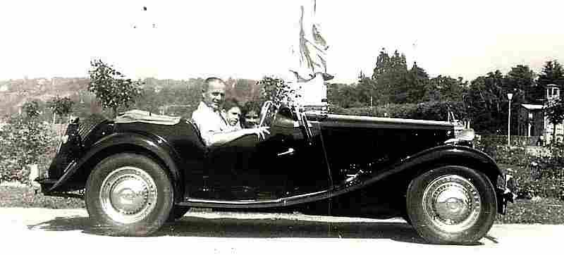 cabriolets coup s et de sport photos anciennes et d 39 autrefois photographies d 39 poque en noir e. Black Bedroom Furniture Sets. Home Design Ideas