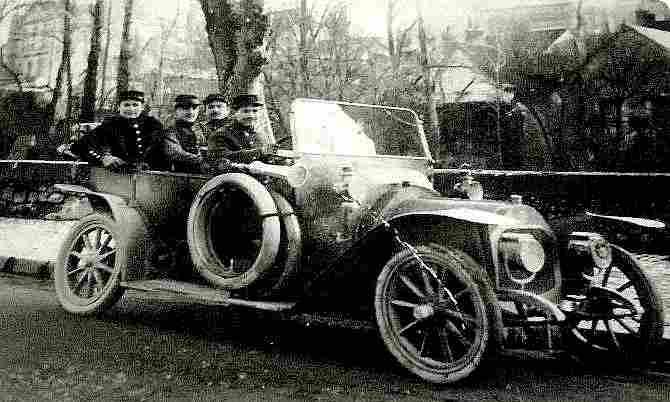 Automobile Militaire, Documents Automobiles Anciens, V2