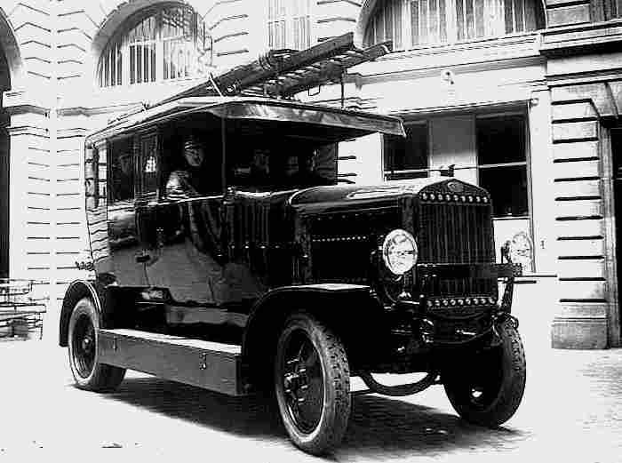 Photos originale voitures de collection page 29 - Camion pompier cars ...