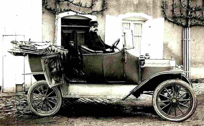 photos originale voitures de collection page 28 documents anciens v1. Black Bedroom Furniture Sets. Home Design Ideas