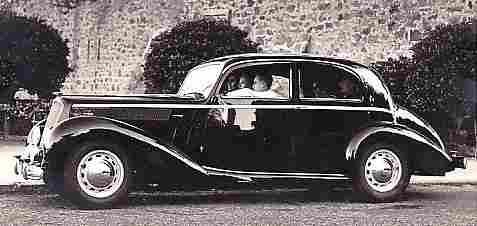 photos originale voitures de collection page 22 documents anciens v1. Black Bedroom Furniture Sets. Home Design Ideas