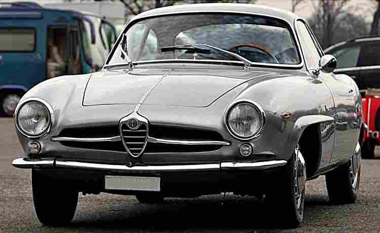 automobile alfa romeo giulietta sprint speciale de 1957 voitures anciennes de collection v2. Black Bedroom Furniture Sets. Home Design Ideas