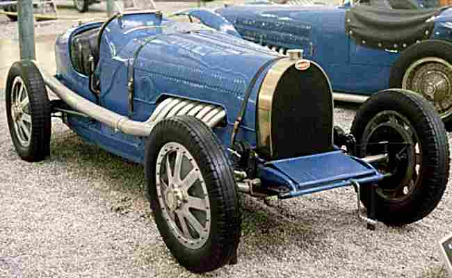 bugatti type 45 voiture de course de 1929 voitures anciennes de collection v2. Black Bedroom Furniture Sets. Home Design Ideas