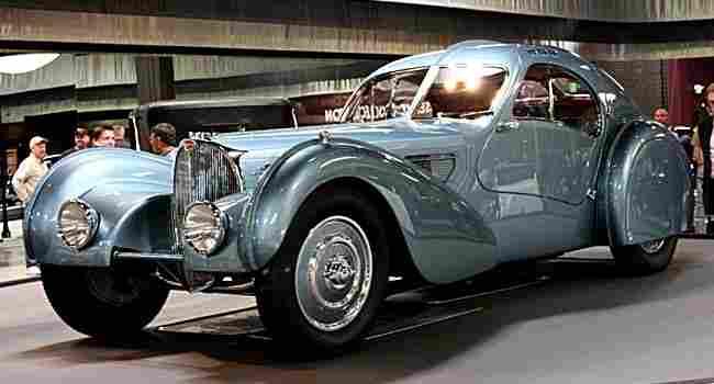 Les voitures anciennes de 1930 1939 voitures anciennes for Salon vieilles voitures