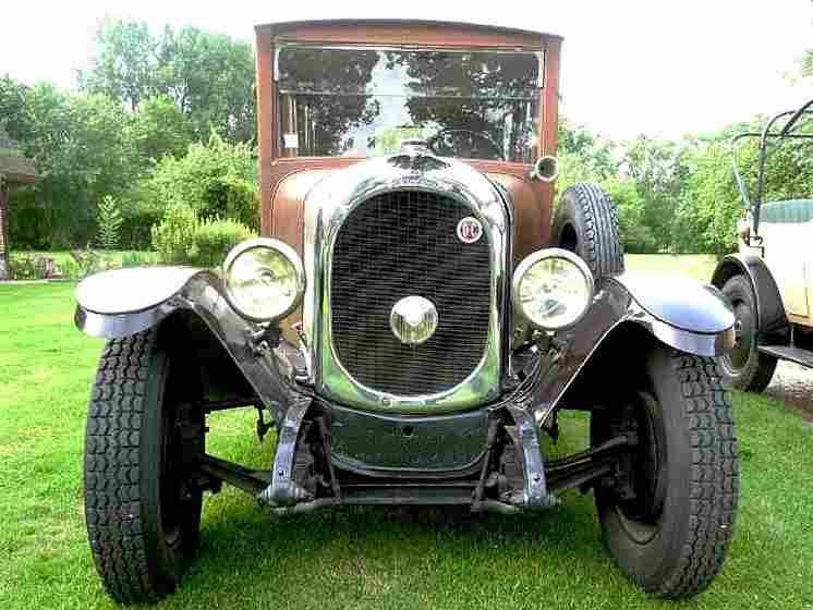 les voitures automobiles de la marque chenard walker voitures anciennes de collection v2. Black Bedroom Furniture Sets. Home Design Ideas