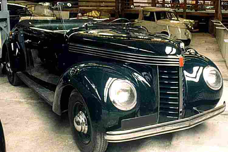 chenard et walcker aigle 8 et aigle 22 g2 voiture routi re de 1939 voitures anciennes de. Black Bedroom Furniture Sets. Home Design Ideas