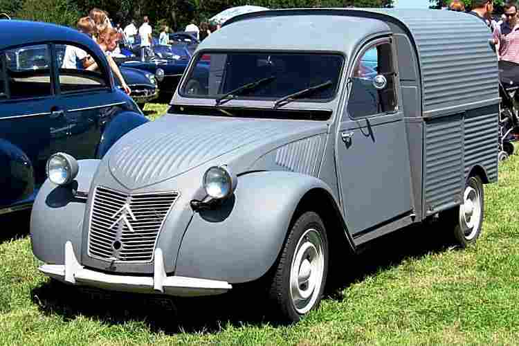 citroen 2cv fourgonette voiture utilitaire de 1951 voitures anciennes de collection v2. Black Bedroom Furniture Sets. Home Design Ideas