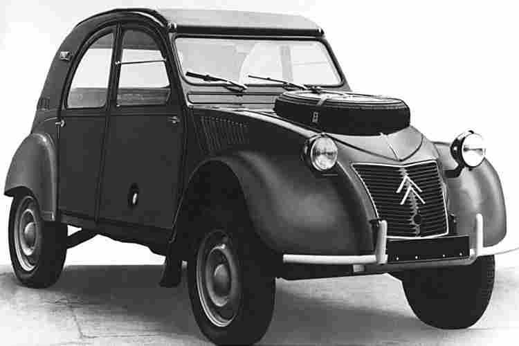 les voitures automobiles de la marque citroen voitures anciennes de collection v2. Black Bedroom Furniture Sets. Home Design Ideas