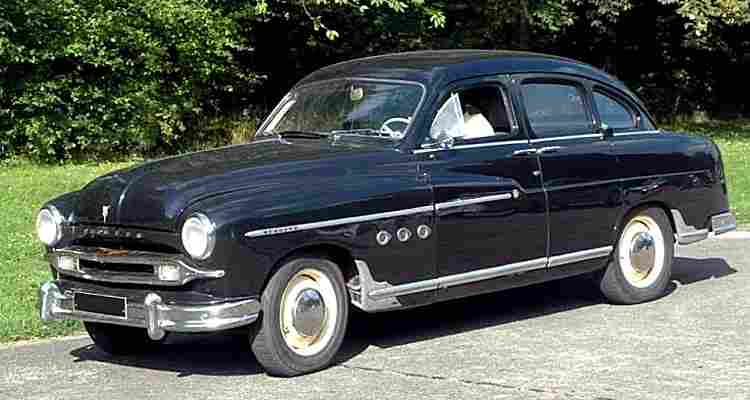 ford vedette abeille voiture routi re de 1950 voitures anciennes de collection v2. Black Bedroom Furniture Sets. Home Design Ideas