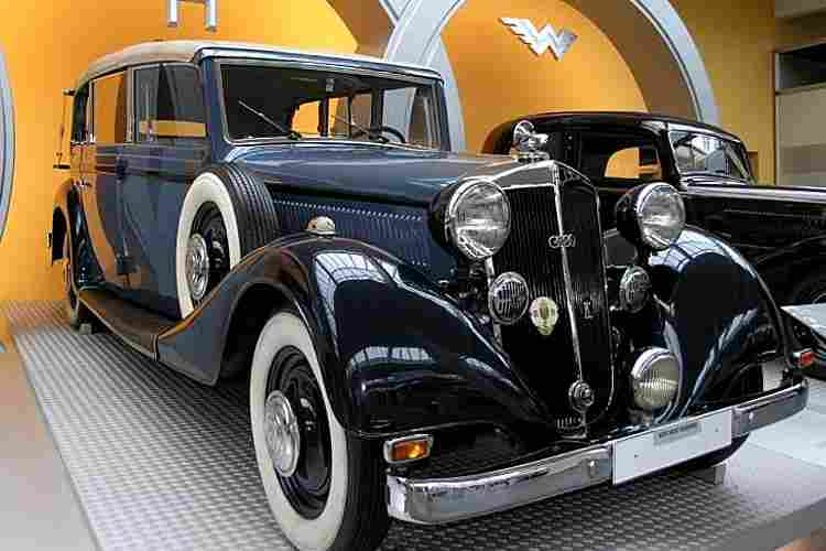 horch 830 voiture routi re de 1936 voitures anciennes de collection v2. Black Bedroom Furniture Sets. Home Design Ideas
