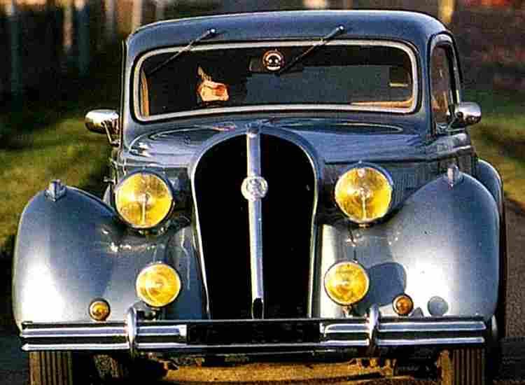 recherche mots cl s voitur voitures automobiles anciennes de collections v2. Black Bedroom Furniture Sets. Home Design Ideas