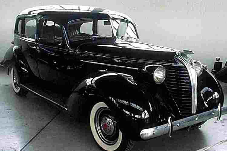 hudson terraplane voiture routi re de 1937 voitures anciennes de collection v2. Black Bedroom Furniture Sets. Home Design Ideas