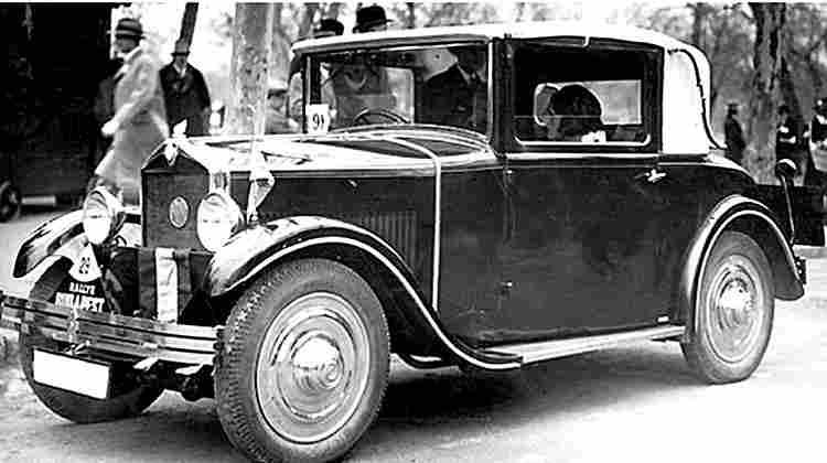 recherche mots cl s ancien voiture photos anciennes et photographies d 39 poque en noir et blanc. Black Bedroom Furniture Sets. Home Design Ideas