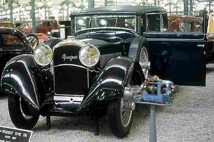 recherche mots cl s 1930 voitures automobiles anciennes de collections v2. Black Bedroom Furniture Sets. Home Design Ideas