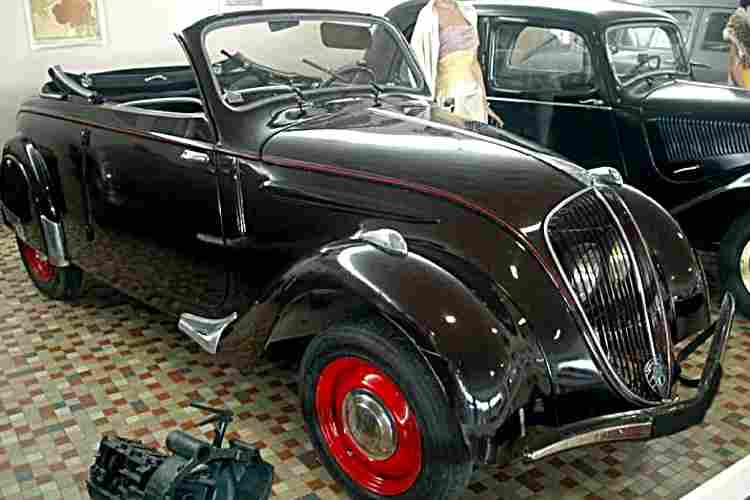 peugeot 202 cabriolet voiture routi re de 1939 voitures anciennes de collection v2. Black Bedroom Furniture Sets. Home Design Ideas