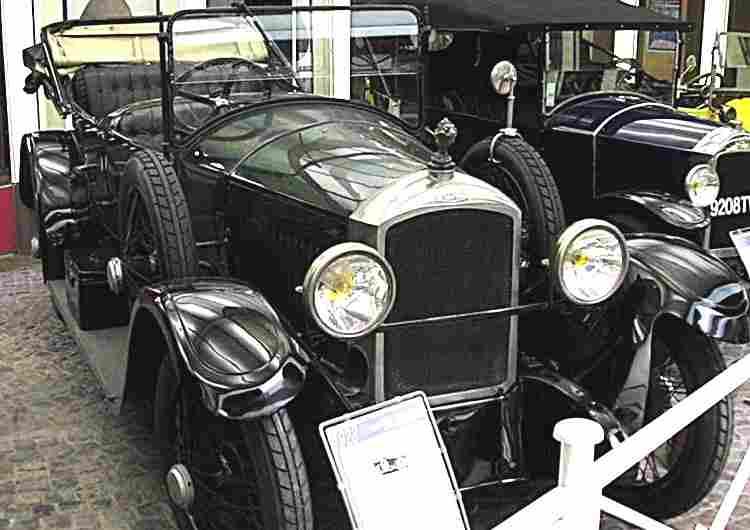 les voitures anciennes de 1920 1929 voitures anciennes de collection v2. Black Bedroom Furniture Sets. Home Design Ideas